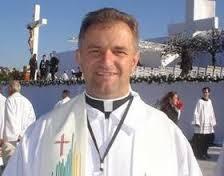 Padre Wilson Czaia, segundo sacerdote surdo brasileiro. Atua em Curitiba na Igreja de Santa Isabel, em Curitiba, PR.