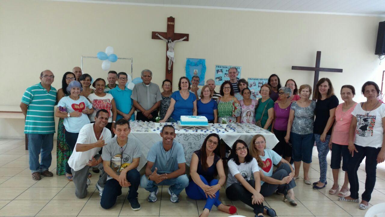 A Comunidade de surdos no salão Paroquial com a presença do assessor eclesiástico, Diácono BA e das Comunidades da Pavuna e do Méier.