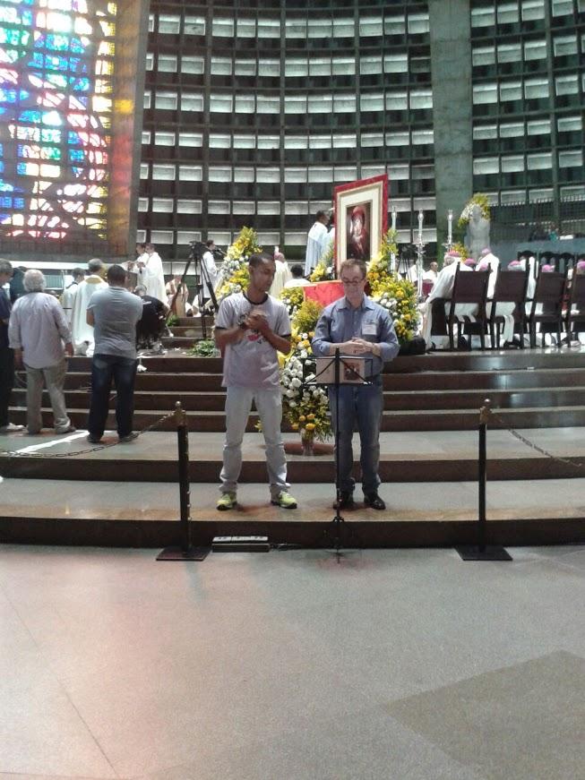 Jorge, intérprete da Paróquia Bom Jesus da Penha e Cesar, intérprete da Paróquia Santa Margarida Maria da Lagoa e Coordenador Arquidiocesano da Pasped.