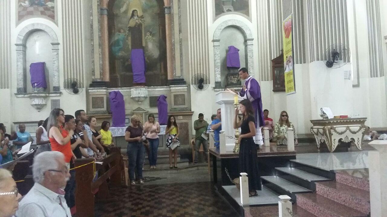Catedral de Campos, RJ, surdos participam da Missa de Inauguração da Pastoral nesta cidade.