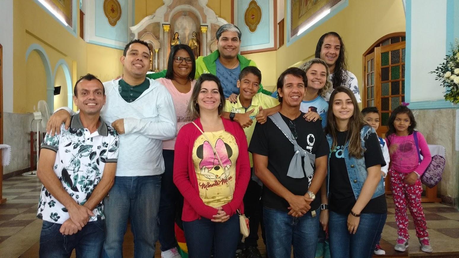 Grupo jovem Surdo (10 surdos) de diversas paróquias da Arquidiocese do Rio