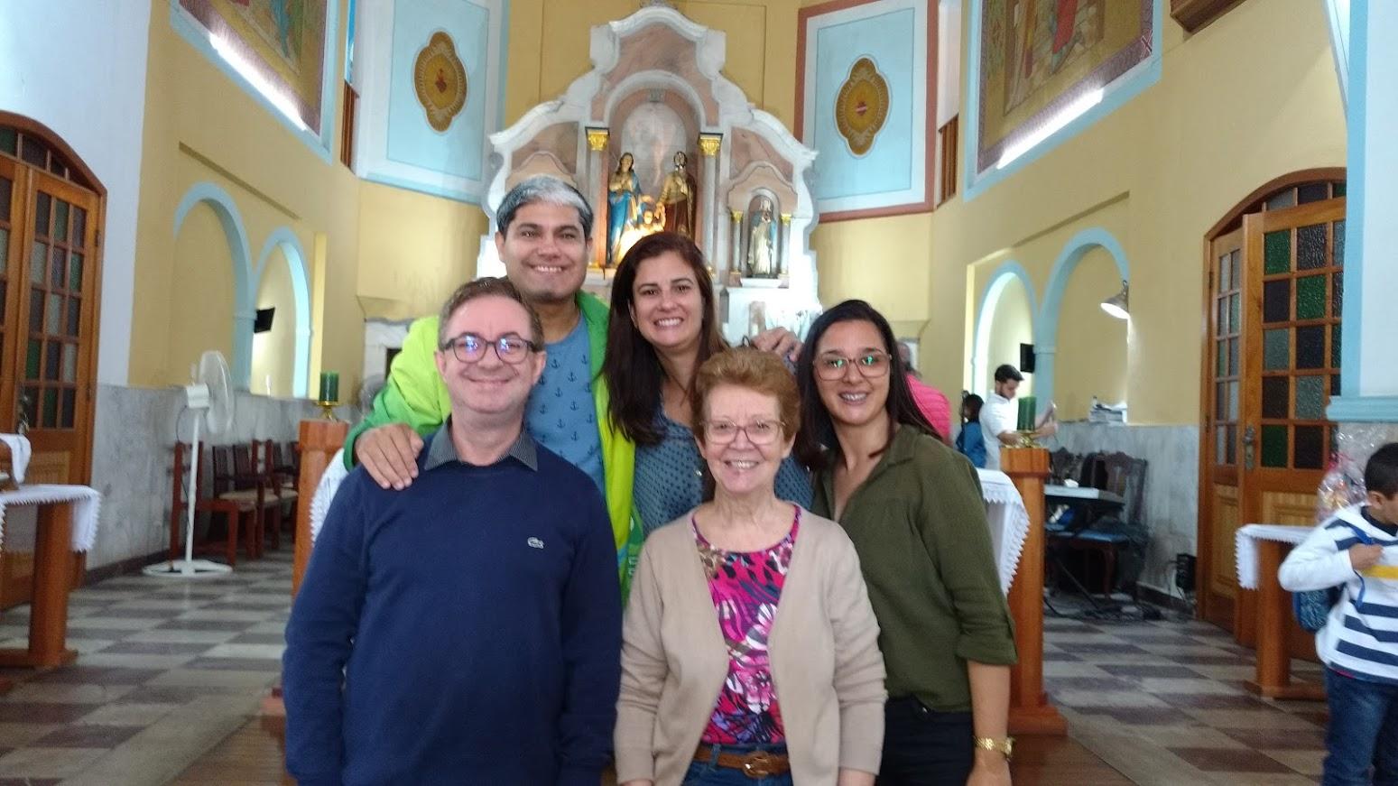 Coordenação de pastoral Regional Leste 1 (Iracema, Janise e Diego) e Coordenação de Intérpretes (Paula e Cesar) presentes na Visita Missionária - 27/08/17