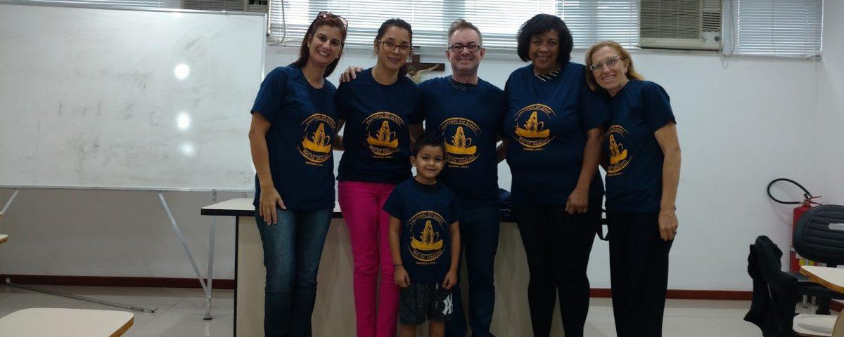 Da esquerda para direita: Janise,Paula, Cesar, Graça, Esther . Criança Rafael. Reunião na Mitra do Rio, 02 de setembro às 10:00 h