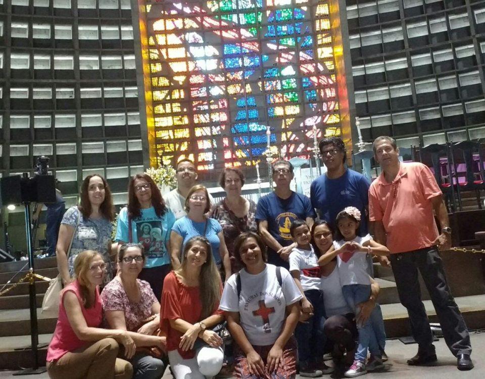 14 pessoas surdas e intérpretes na Missa de Posse de Dom Juarez, novo bispo auxilar para o Rio de Janeiro.
