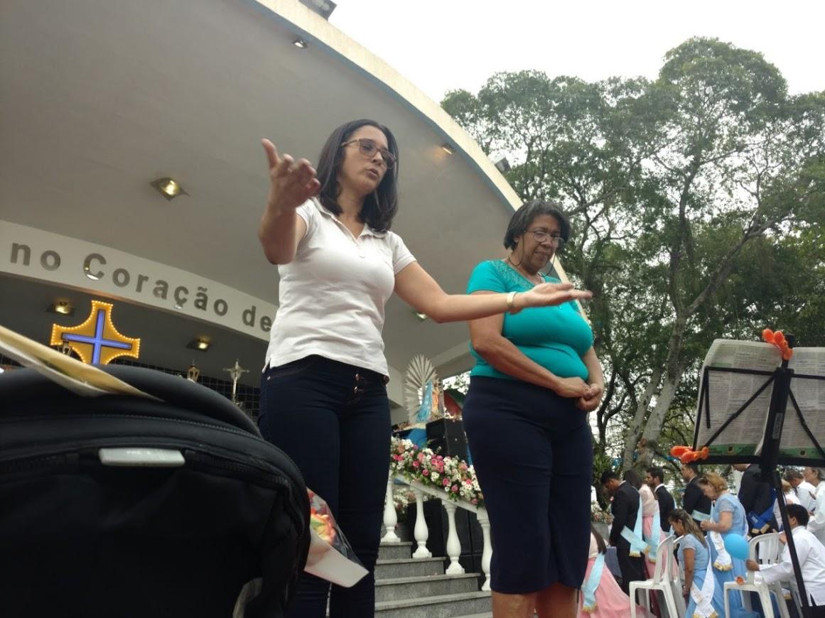 Intérpretes da Comunidade da Penha: Paula e Graça.