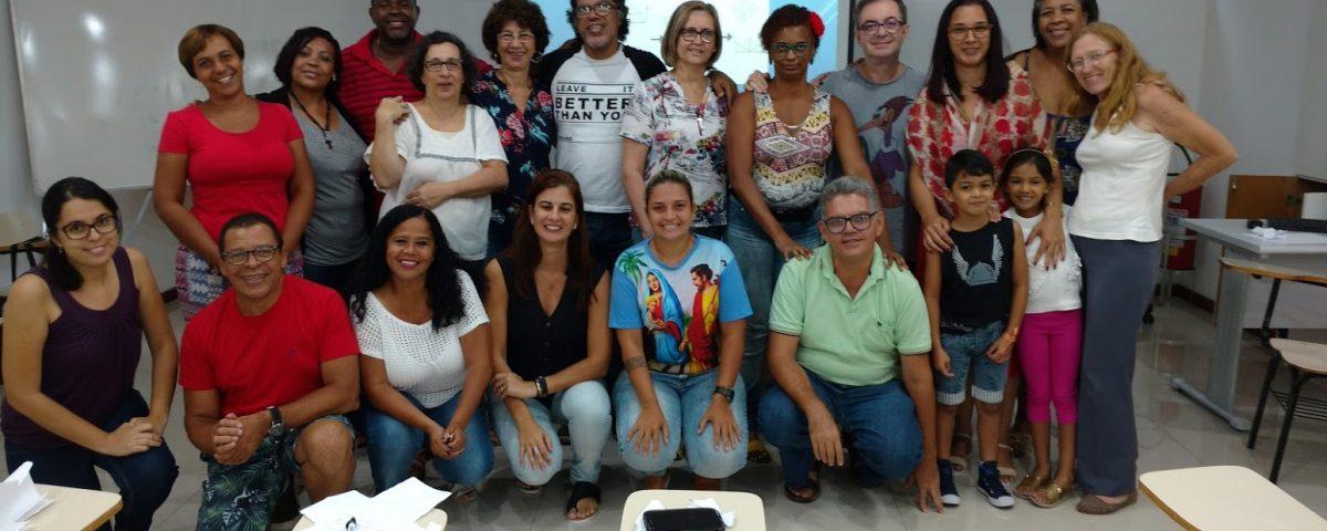 Grupo de surdos e intérpretes em reunião de Formação no Ano do Laicato . Local Cúria Metropolitana do Rio no dia 03 de fevreiro de 2018, das 9h ás 13 h.