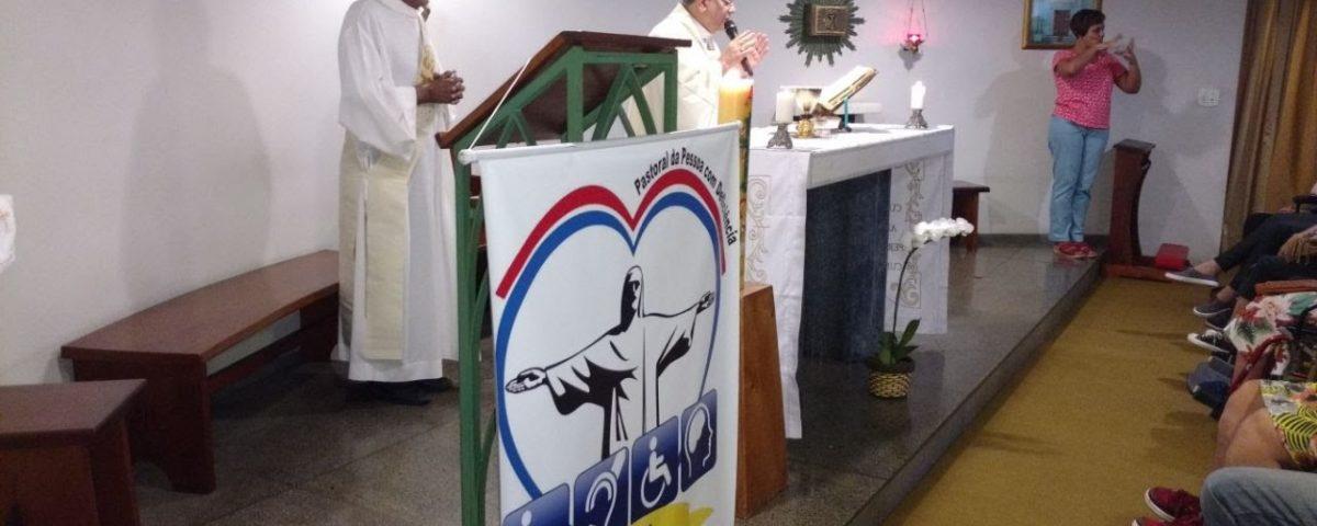 Capela da Mitra Arquidiocesana do Rio de Janeiro - Missa da Páscoa em 04 de abril.