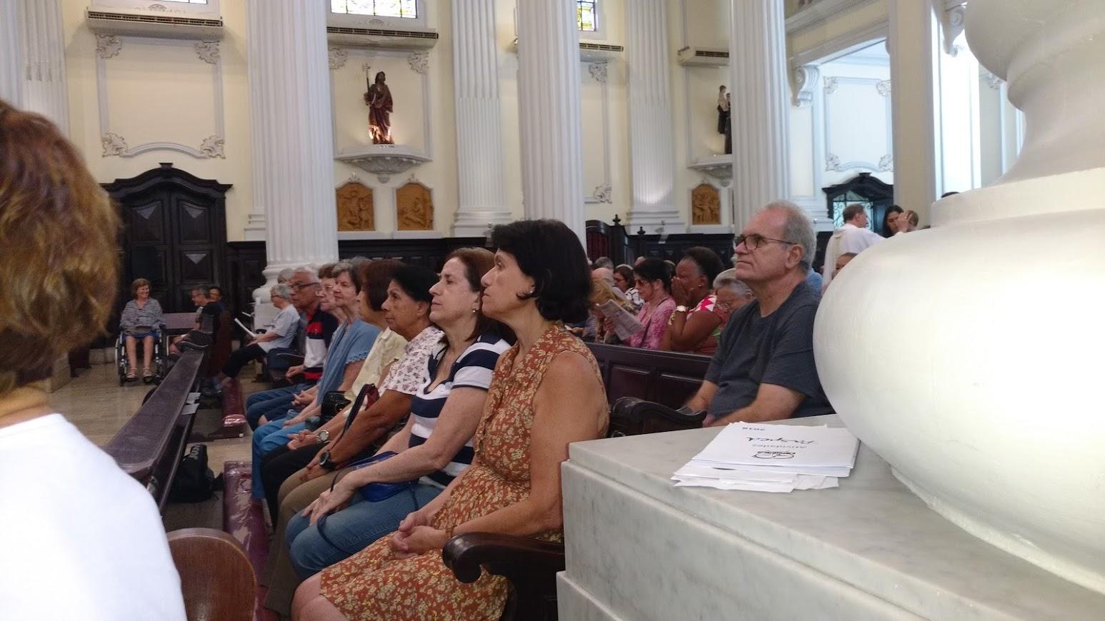 Outro momento da Missa na Igreja da Lagoa, 06 de maio às 11h30min.
