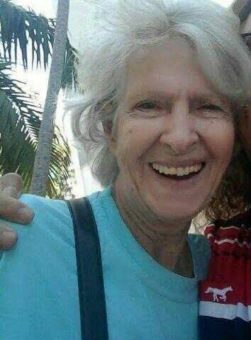 Deolinda era alegre e transmitia esse dom na Comunidade dos surdos.