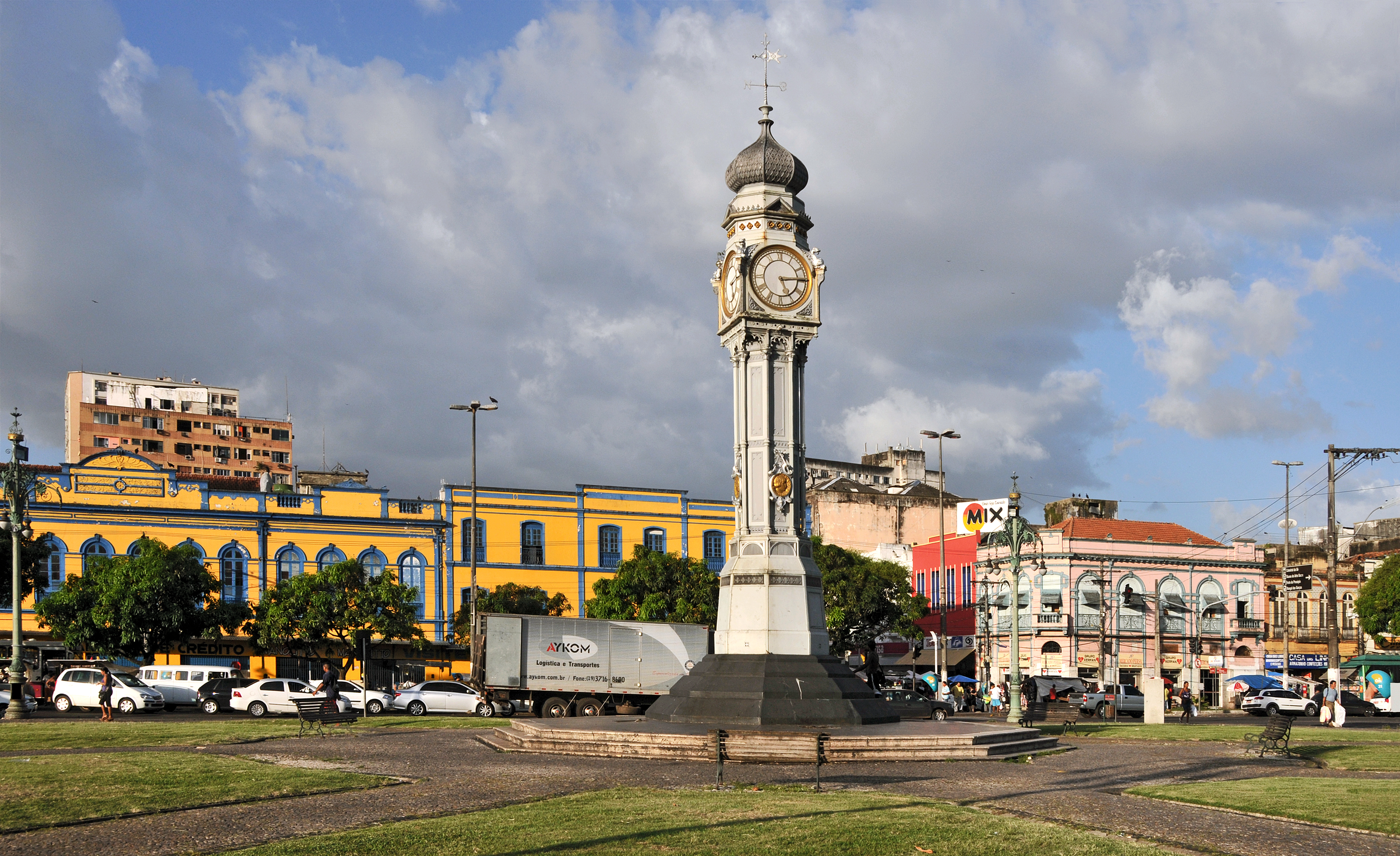 Belém_Praça_do_Relógio_Clock_Place_01